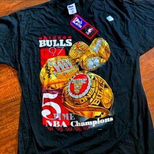 Vintage NWT Chicago Bulls 1997 Championship Shirt